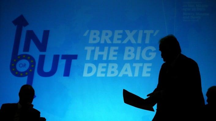 Taoiseach to discuss EU referendum with Cameron