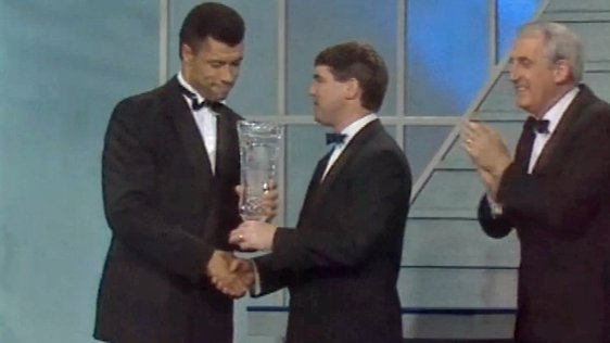 Paul McGrath Player of the Year (1990)
