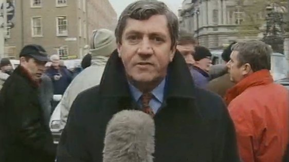 Charlie Bird Reports on Taxi Strike (2000)