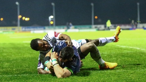 Ben Marshall crosses over to score his first try for Connacht