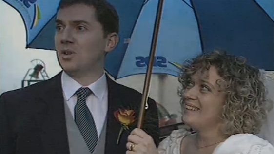 Bride and Groom Vote in Divorce Referendum (1995)