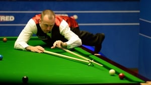 Mark Williams was pushed all the way against Hamza Akbar
