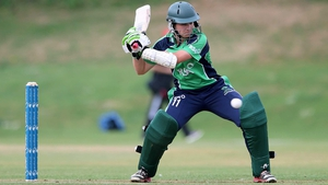 Clare Shillington hit five boundaries in her 39-ball innings.