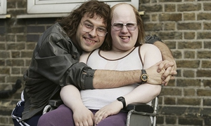 Davis Walliams and Matt Lucas in Little Britain