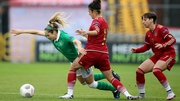 Ireland's Julie Ann Russell under pressure from Amanada Sampedro and Marta Corredera of Spain