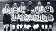 Jimmy Dunne (front row, centre) with Sheffield United