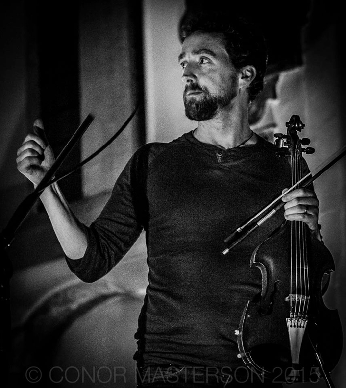 Colm Mac Con Iomaire in session