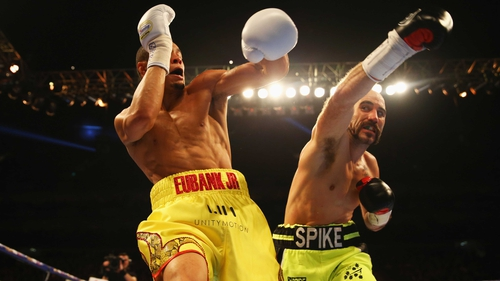 Spike O'Sullivan was withdrawn from the contest after seven rounds