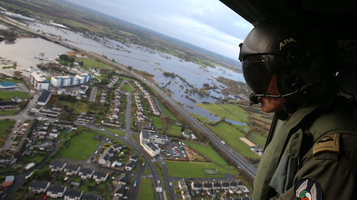 Floods affecting business in Glasson, Athlone