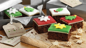 Is it a Christmas cake? Is it a brownie? It's even better - it's a Christmas cake brownie!