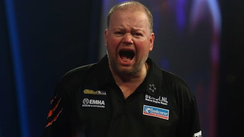 Raymond van Barneveld was pushed all the way by England's Stephen Bunting