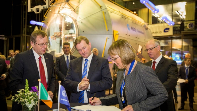 The signing took place during the Enterprise Ireland Trade and Investment Mission to Netherlands and Germany led by Taoiseach Enda Kenny