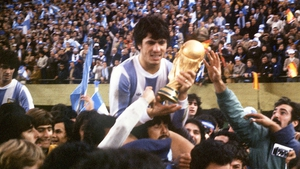 Argentina captain Daniel Passarella with the World Cup trophy in 1978