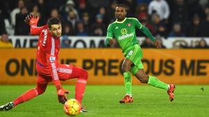 Jermaine Defoe slots home Sunderland's third