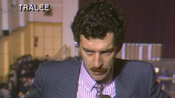 Dick Spring at the count centre in Tralee during the 1987 general election.