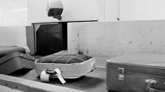 Baggage on carousel, Dublin Airport (1966)