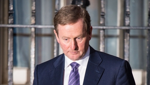 Enda Kenny intends to go to  Áras an Uachtaráin tomorrow with a view to a poll on 26 February