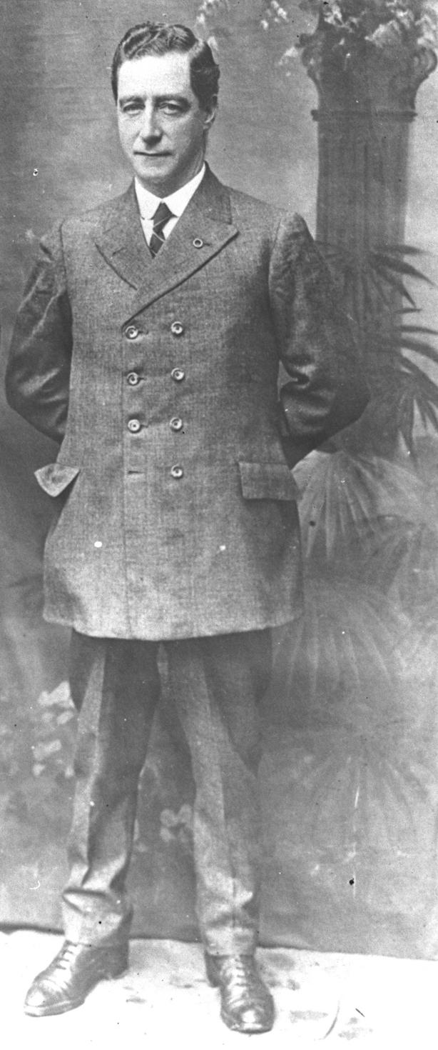 Cathal Brugha, a full length photograph