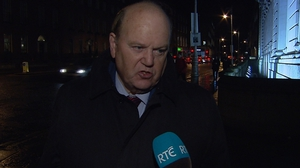 Michael Noonan said he expected the Taoiseach to inform Fine Gael ministers of his plans tonight