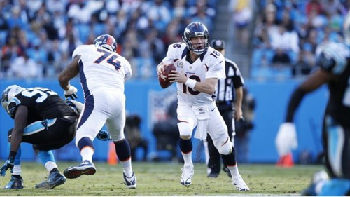 Peyton Manning in action when the sides met previously