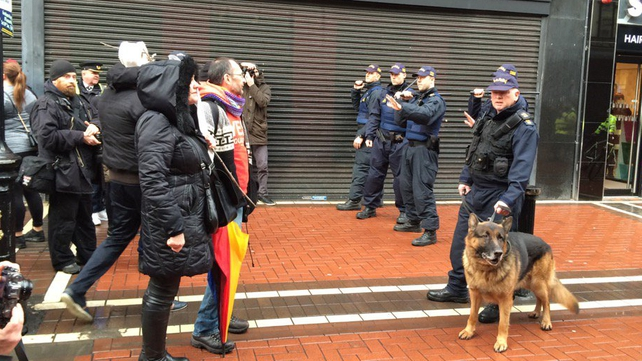 Gardaí stop anti-Pegida protesters from pursuing Pegida members