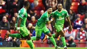 Jermain Defoe (R) scored a priceless equaliser for Sunderland