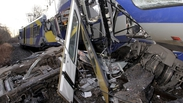 In pictures - Germany train crash