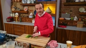 Wade Murphy visited the Today show on RTÉ One with Maura and Dáithí to whip up some warming winter broth with grilled foccacia.