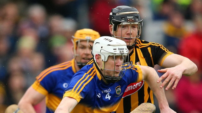Kilkenny's Water Walsh hounds Michael Cahill for possession
