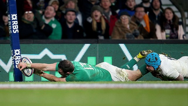 Robbie Henshaw comes agonisingly close to a try