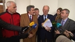 Talks continue in bid to form government