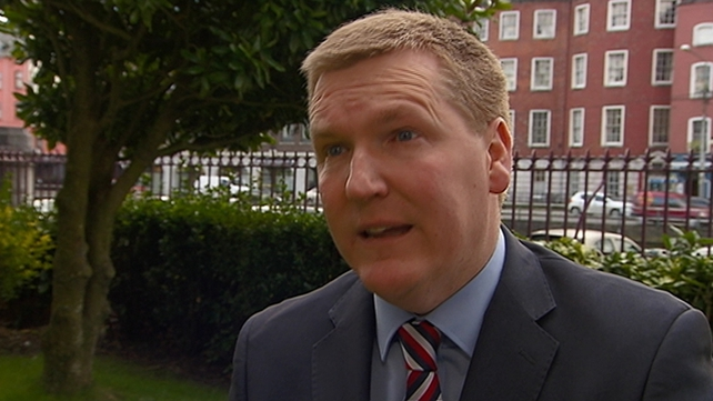 Michael McGrath said the Irish people do not want the parties throwing grenades at each other.
