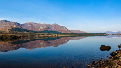 Clear skies at Lough Inagh in Connemara (Pic: Liam Kelleher)