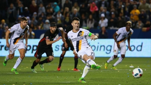 Robbie Keane slots home a penalty late on for Galaxy