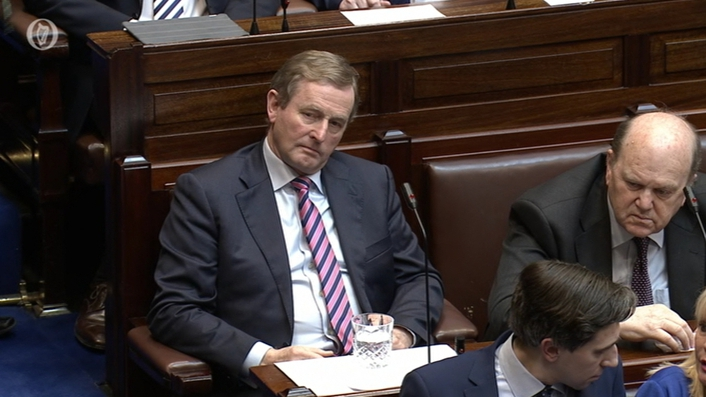 Fine Gael resumes negotiations in an effort to form a government
