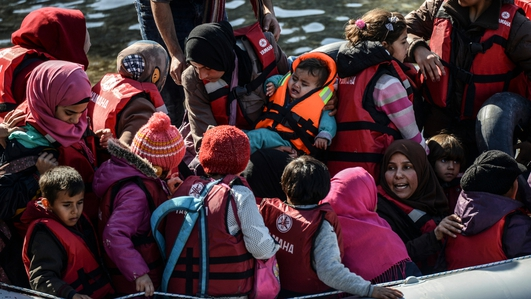 Syrian refugees journey to cross the Aegean Sea