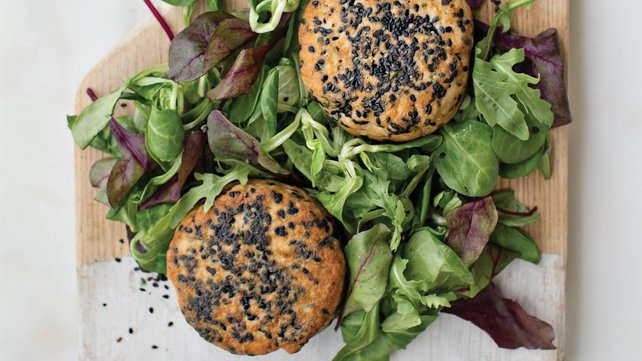 Roz Purcell's salmon burgers