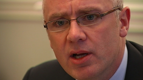 The trial of former Anglo CEO David Drumm has heard details of key phone calls in 2008