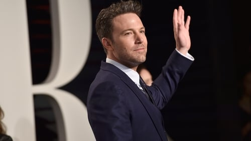 """Affleck says Garner is """"allowed to talk about"""" break-up"""
