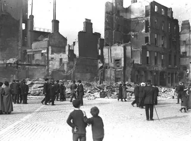 O'Connell Street destruction, after the Easter Rising (1916)