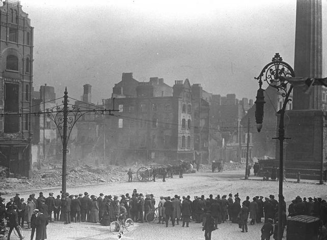 Sackville Street, Dublin (1916)