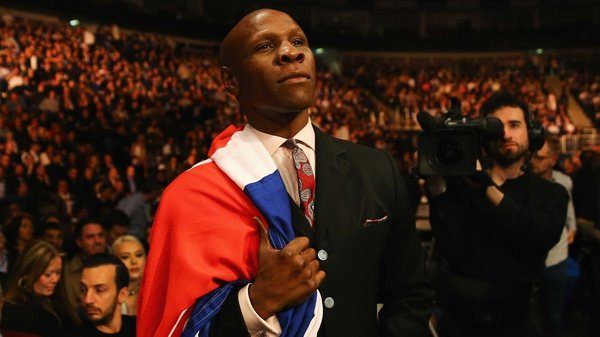 Chris Eubank Sr felt the referee should have stopped the fight between his son and Nick Blackwell on Saturday night
