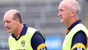 Managers Terence McNaughton (l) and Dominic McKinley