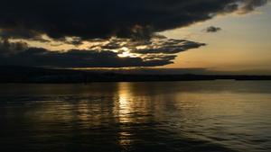 Dún Laoghaire at sunset (Pic: Irlanda Kartali)