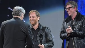 Thank God its not Friday anymore: The Black Keys induct Steve Miller last Friday night