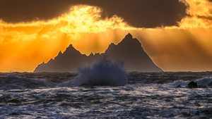 'Godbeams' over Little Skellig south west of Valentia Island, Co Kerry(Pic: James Brennan)