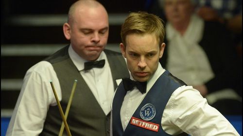 Ali Carter boasts a superb head-to-head record against Stuart Bingham, winning 14 of their 19 matches