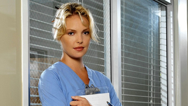 Katherine Heigl as Dr Izzie Stevens in Grey's Anatomy