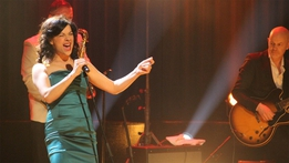 The Late Late Show Extras: Camille O'Sullivan