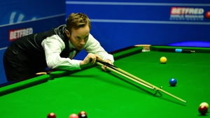 Ali Carter exited the World Snooker Championship after a 13-11 defeat to Alan McManus